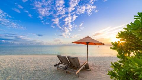 Beach-side French Polynesia Holiday Spot