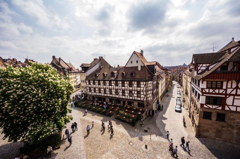 Travel Associates nuremburg town square
