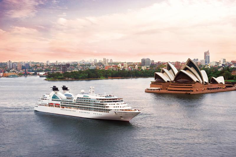 Seabourn Odyssey cruise ship sails past Sydney opera house