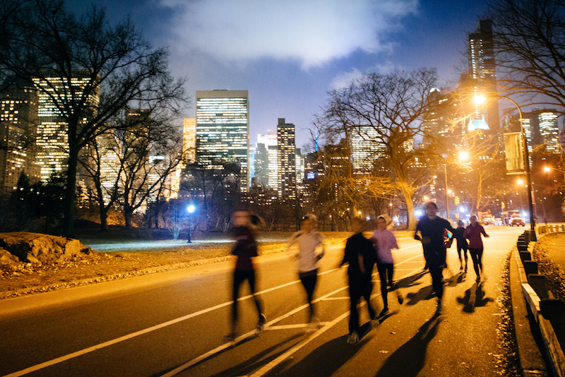 runners participating in the midnight run