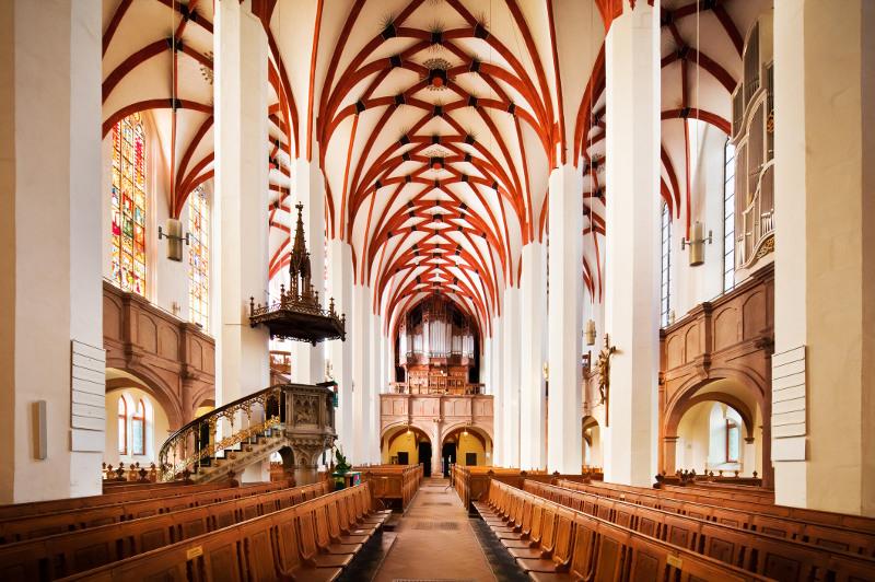 Inside St Thomas Church