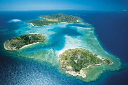 Lizard Island is scheduled for a soft opening on 1 March 2015, with our full facilities and services to be open on 1 April 2015.