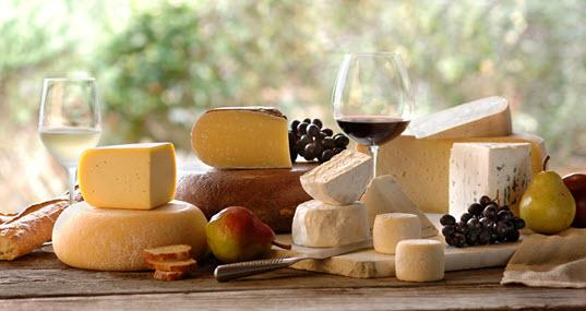 20150108 Sonoma Cheese board and wine