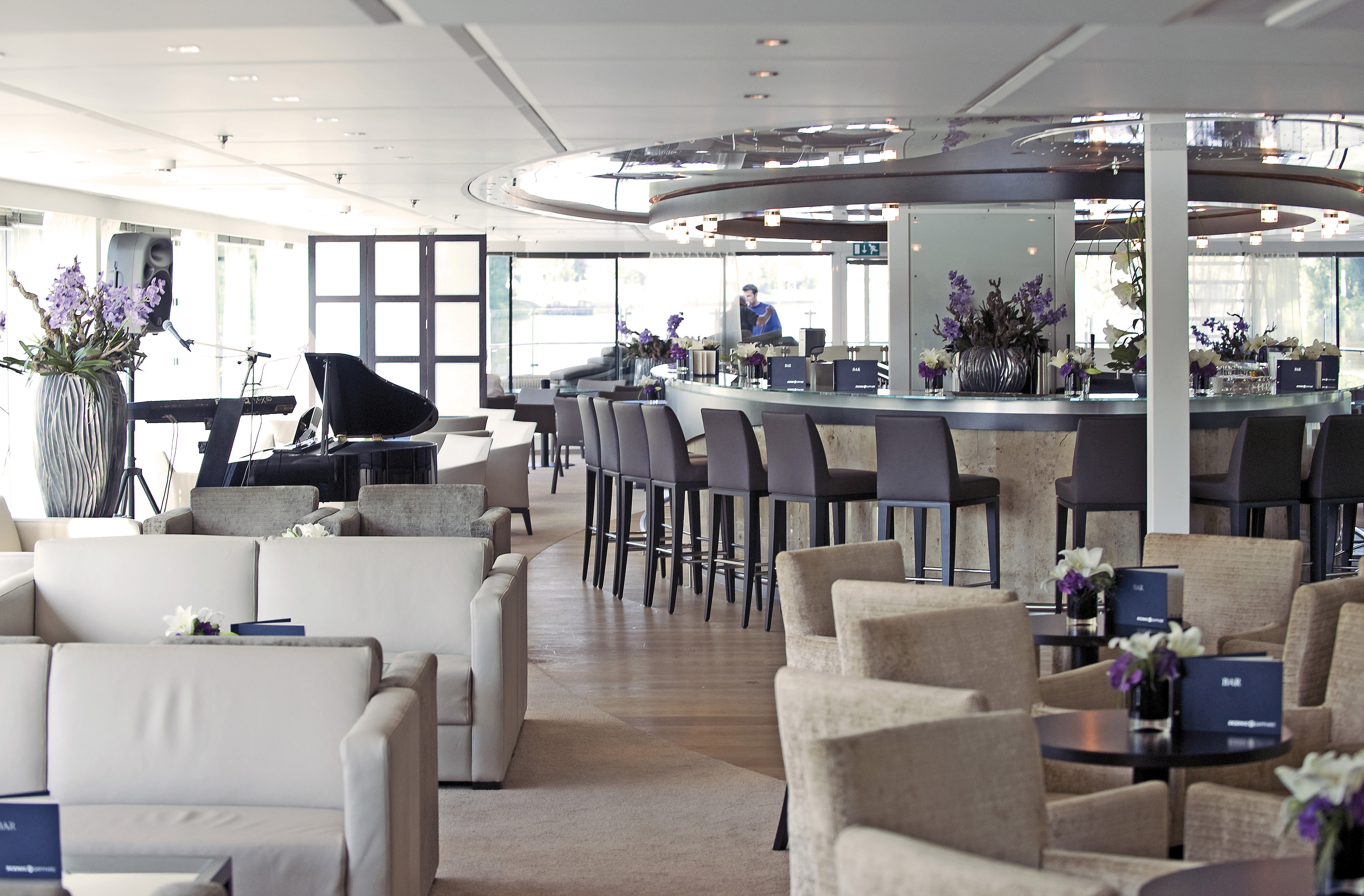 Panorama Bar Lounge found aboard Scenic
