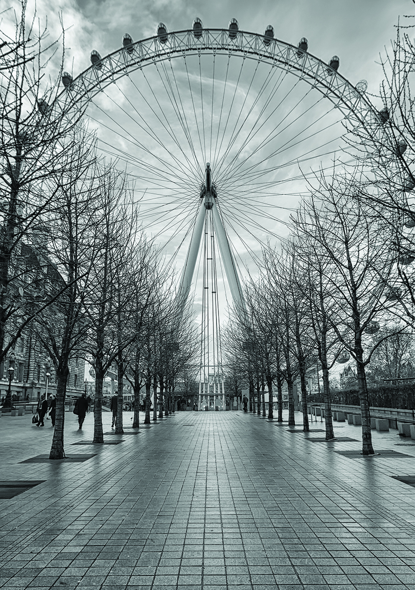 The London Eye on a cold, rainy December day. Source: Rhys Davies