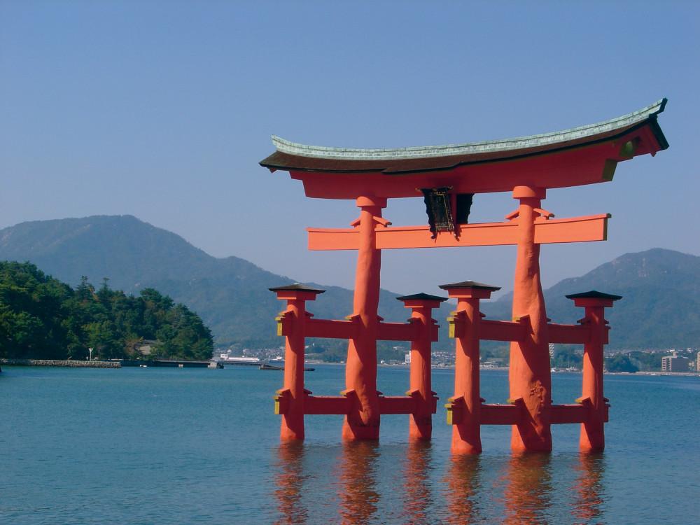 """This image: The """"floating"""" torii gate or Itsukushima Shrine, a Shinto shrine located on the island of Itsukushima, Japan."""