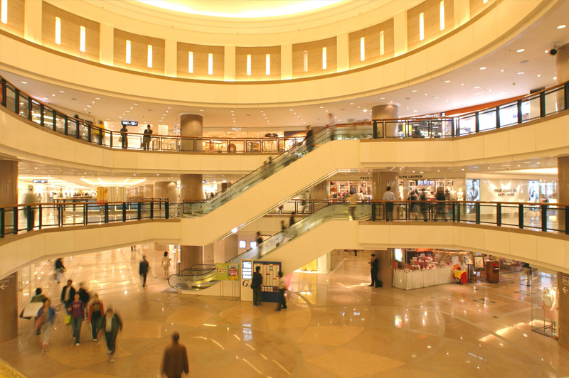Harbour City shopping centre on Canton Road. Image: Hong Kong Tourism Board