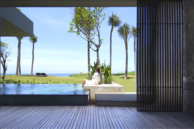 Beach Villa with pool at Alila Villas Soori. Image: Alila Hotels & Resorts