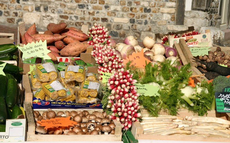 Fresh ingredients in a local French market. Image courtesy of Uniworld.