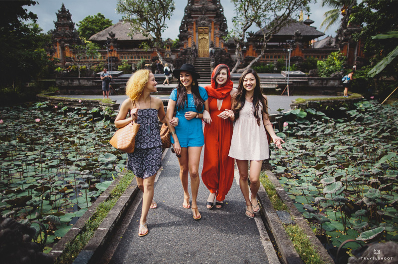 Group of friends in Bali. Image: Travelshoot