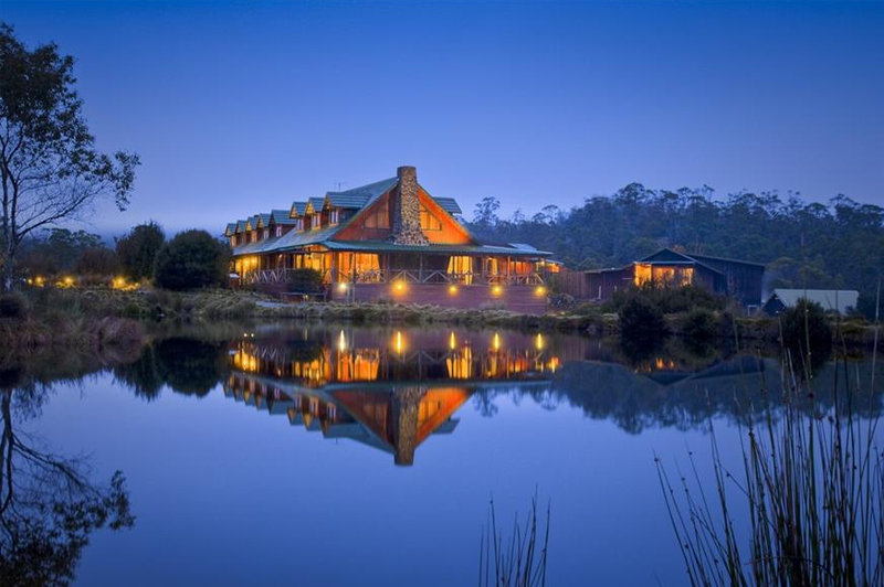 The main Lodge building at dusk surrounded by the wilderness. Image: Mantra Group