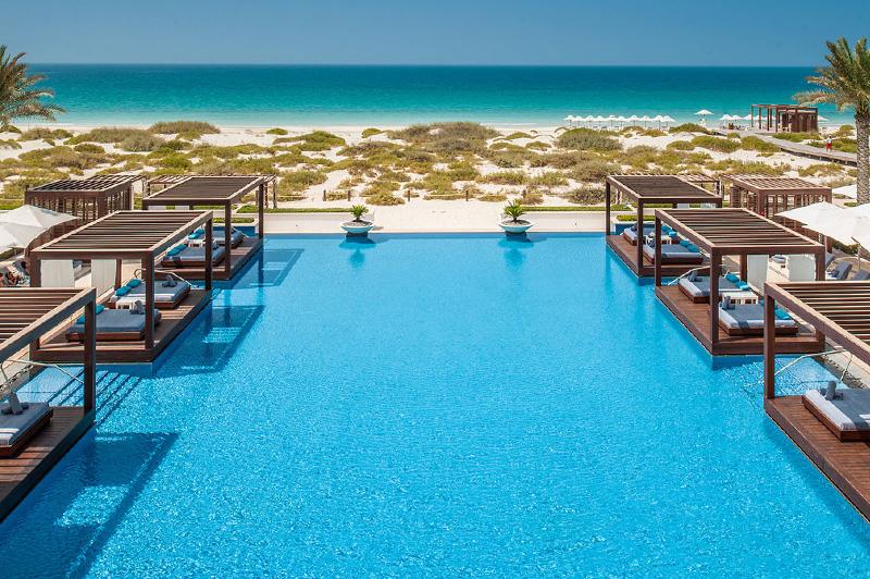 Sheraton Abu Dhabi Pool Access Beached In Abu Dhabi Travel