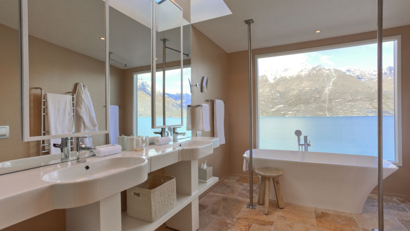 Luxury Lodges in New Zealand: Matakauri Lodge