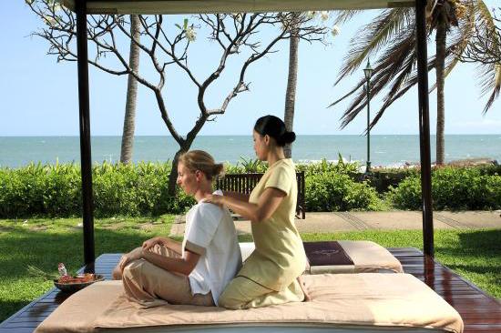 Hua Hin Centara Grand Beach Resort & Villas