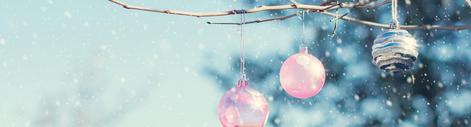 TA   Christmas Invites