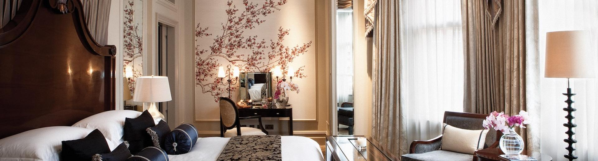 The Vintage Charm of London's Luxury Hotels