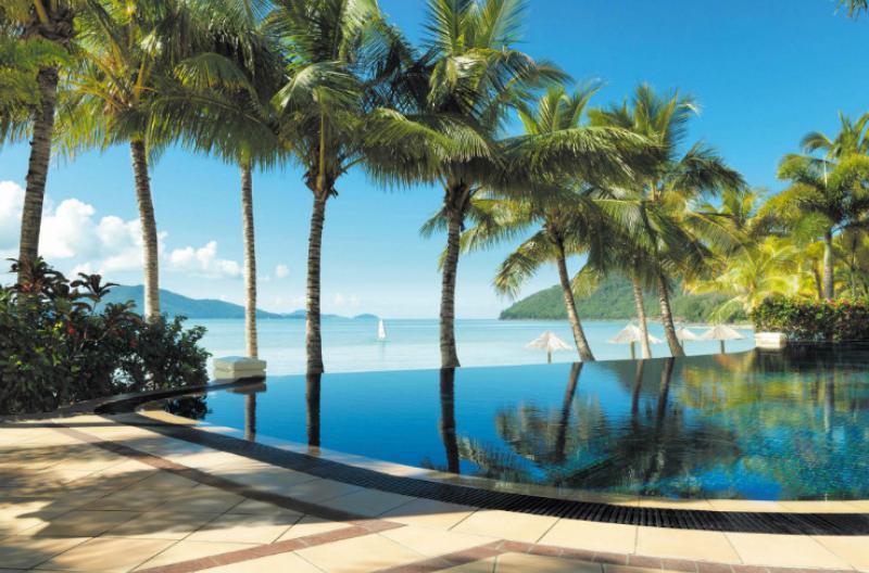 Beach Club Pool HR