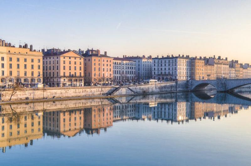Travel Associates lyon river city