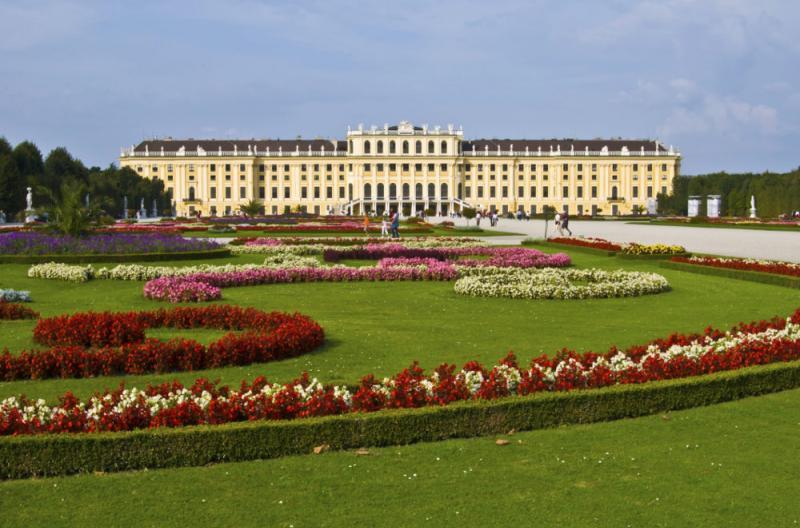 apt palace