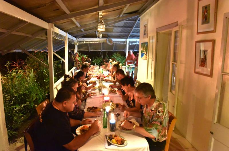 cook islands plantation home