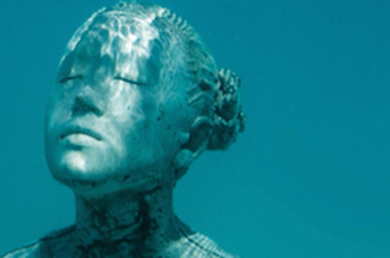 feature An underwater sculpture stands CREDIT Fairmont Maldives Sirru Fen Fushi