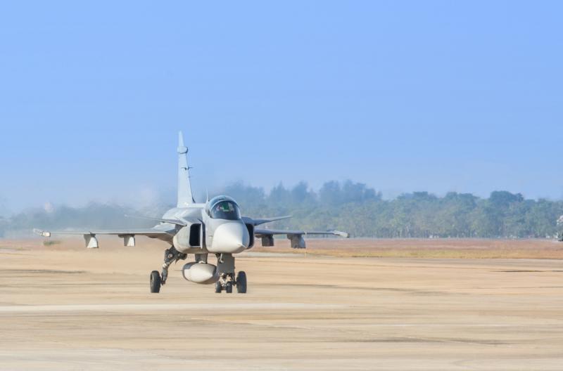 topgun jet