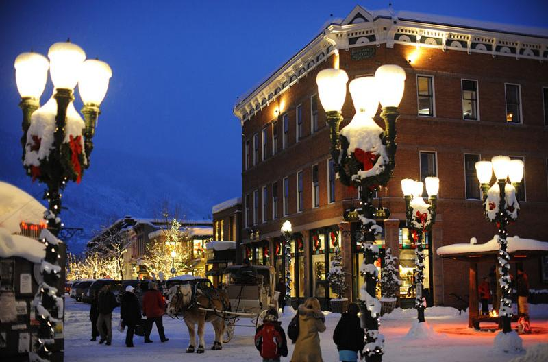 Forget Europe at night its Aspen that looks likechocolate box pic Aspen Snowmass