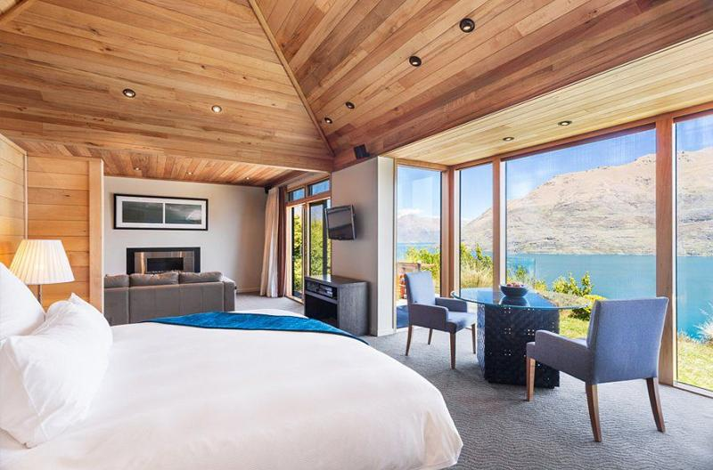Azur Lodge