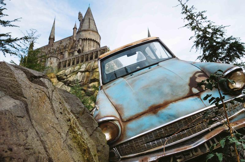Image of Harry Potter car