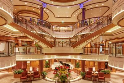 Queen Elizabeth Grand Lobbyfeature