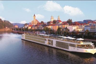 VikingRiverCruises LongShip