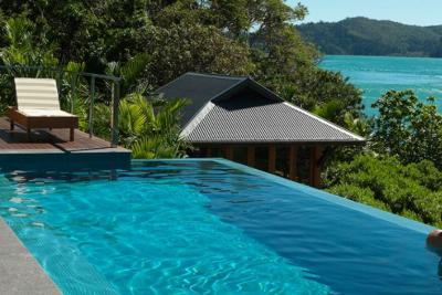 qualia luxury resort Queensland
