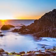 giants causeway sunset ireland