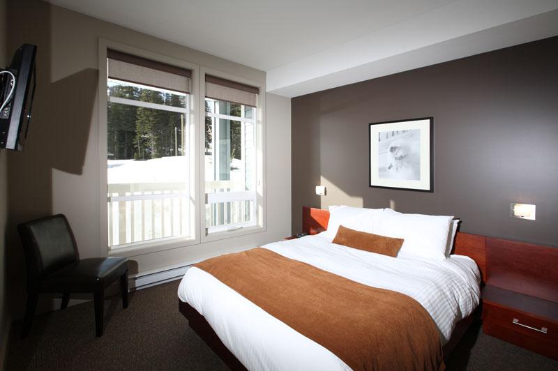 Silver Star Firelight Bedroom