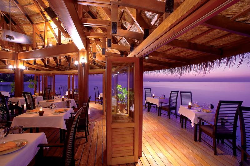 Restaurant Angsana Velavaru