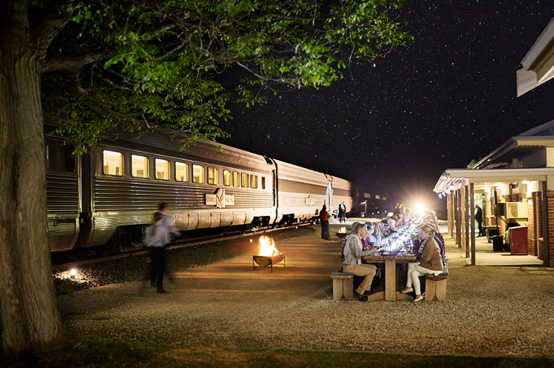 Indian Pacific, Rawlinna Dinner Under the Stars