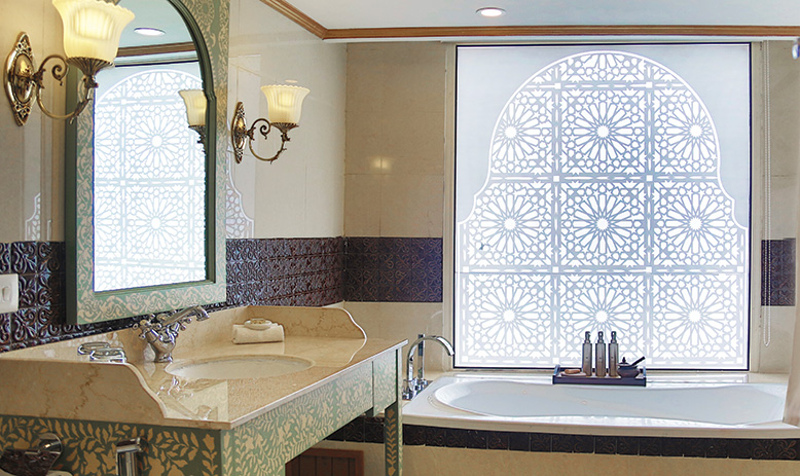 The gorgeous bathrooms of RV Voyager's Maharaja Suites