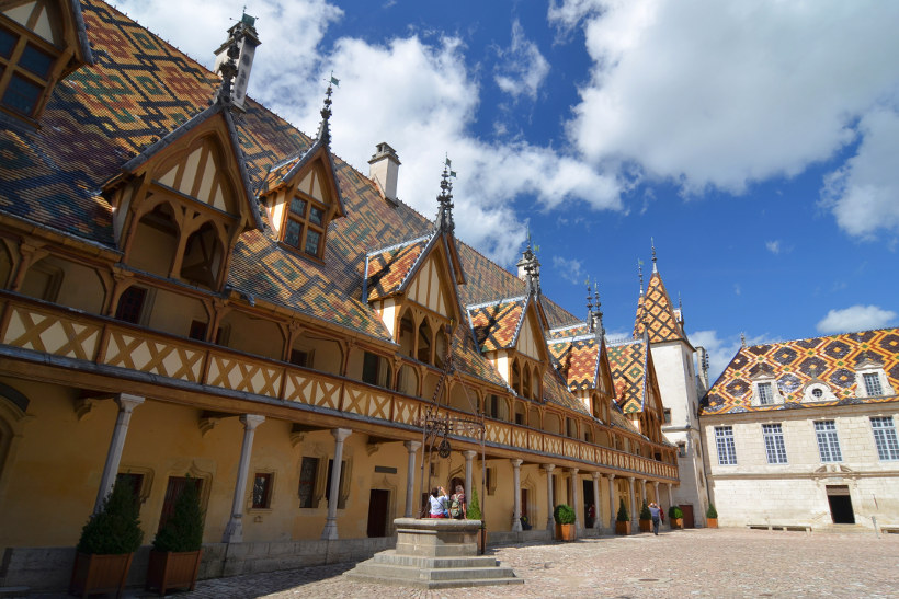 Travel Associates hospices de beaune france