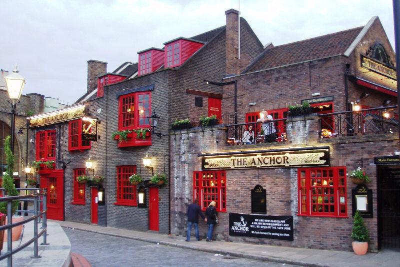 Historic London Pub Anchor