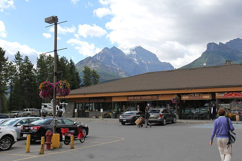 Lake Louise Village