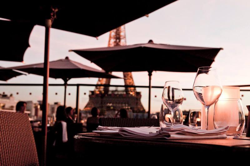 Les Ombres - Paris