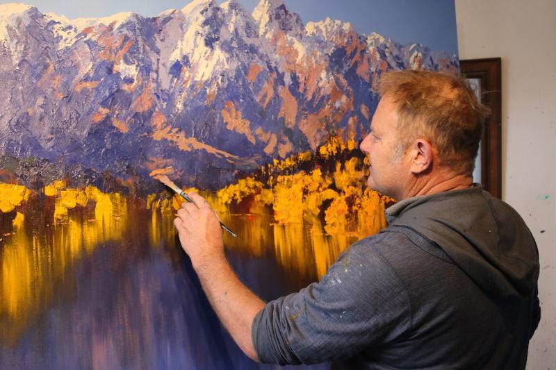 artist in queenstown painting