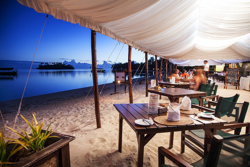 Pacific Resort Rarotonga Barefoot Bar