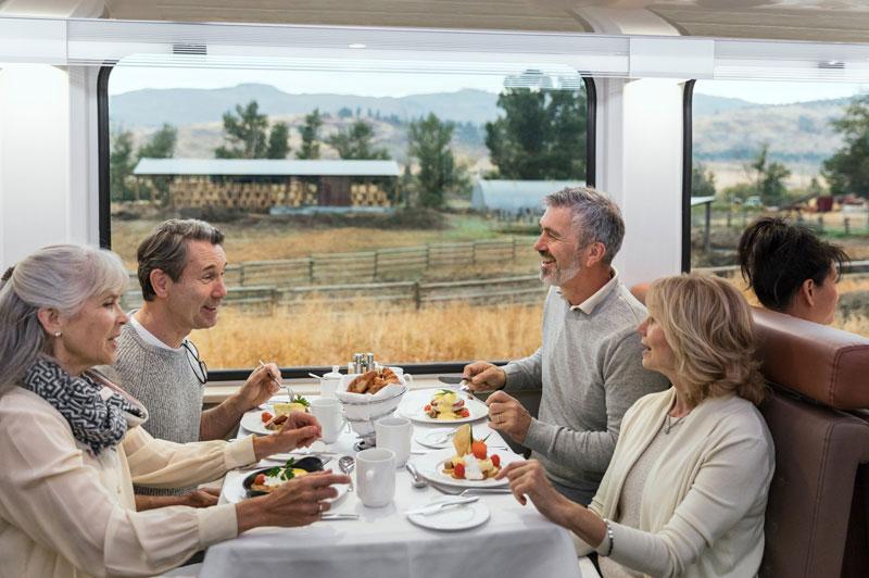 Onboard GoldLeaf Service Dining