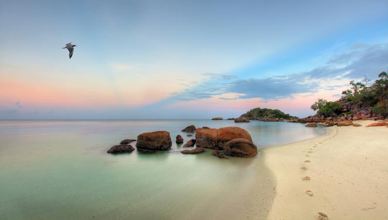 TA Reef Dining Lizard Island