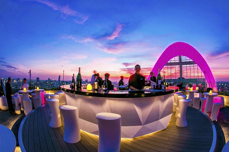 CRU Champagne Bar - Bangkok