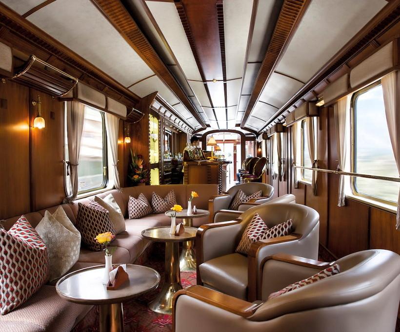 Belmond Hiram Bingham train bar carriage
