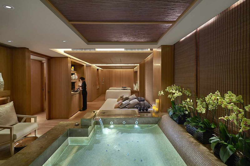 Spa Suite in Mandarin Oriental, Hong Kong