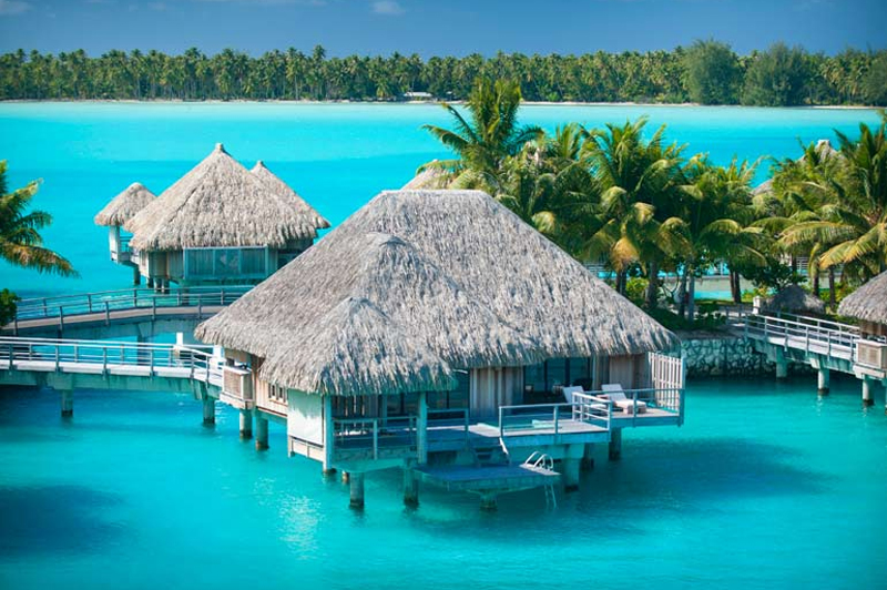 Overwater love at The St. Regis Bora Bora. Image: Starwood