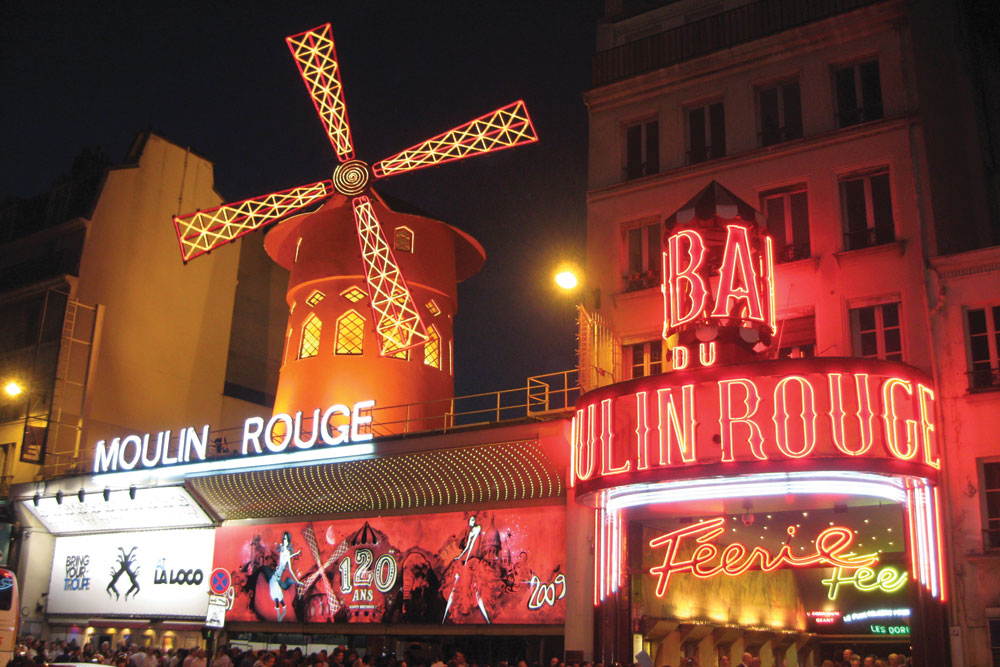 Parisian cabaret in Moulin Rouge